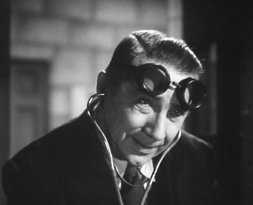 Bela Lugosi as Dr. Paul Carruthers 1940