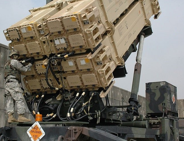 Patriot missile launcher with four x four tubes
